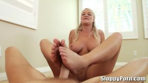 MILF bimbo gives a sloppy blowjob and footjob to stud